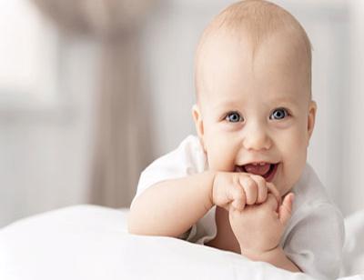 "amazing smile mystery 08 e1579471887600 - راز شگفت انگیز لبخند - <p style=""text-align: justify;"">در آموزش راز شکفت انگیز لبخند به مباحث فواید شگفت انگیز لبخند زدن، درک بهتر و ناشناخته از لبخند، فواید لبخند زدن در زندگی میپردازیم.</p>"