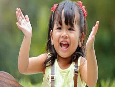 "amazing smile mystery 15 e1579470603434 - راز شگفت انگیز لبخند - <p style=""text-align: justify;"">در آموزش راز شکفت انگیز لبخند به مباحث فواید شگفت انگیز لبخند زدن، درک بهتر و ناشناخته از لبخند، فواید لبخند زدن در زندگی میپردازیم.</p>"
