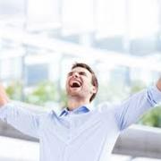 برانگیخته شدن؛ مضطرب گشتن؛ بهجوشوخروش آمدن هیجان. اضطراب؛ جوشوخروش.اضطراب، تلاطم، شور، غضب، غلیان ≠ آرامش
