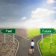 در آموزش چگونه در تصمیمات خود مصمم باشیم؟ به مباحثی همچون:مصمم بودن بعد از گرفتن تصمیمگیری، برای مصمم بودن تصمیماتمون چه کاری میتونیم انجام بدیم؟ ۱)نوشتن نتایج انجام دادن اون تصمیم ۲)نوشتن ضررهای انجام ندادن اون تصمیم ۳)انگیزه را همراه تصمیم داشته باشید، راههای تقویت مصمم بودن در زندگی: ۱)قرار گرفتن در شرایطی که برای اون تصمیم گرفتیم ۲)قرار گرفتن در کنار افرادی که نتیجه دارند ۳)قرار گرفتن در کنار افراد مصمم،