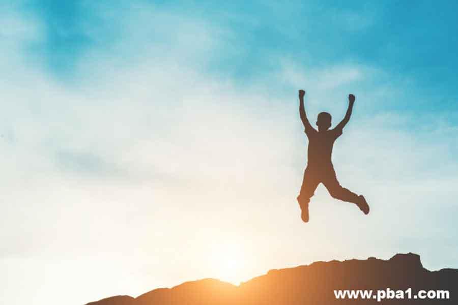 انواع محرک ها در زندگی شما کدامند؟ در آموزش چگونه توانستم با انواع محرک ها شادی را بدست آورم؟ در این قسمت به عوامل درونی انواع محرک ها بهطور کامل میپردازیم عواملی همچون اعتماد به نفس و شادی و مدیریت استرس و قدرت تصمیمگیری و سپاسگزاری رو باهم بررسی میکنیم و از انواع محرک ها که در درون خودمون نهادینه شدن بیشتر آشنا میشیم.